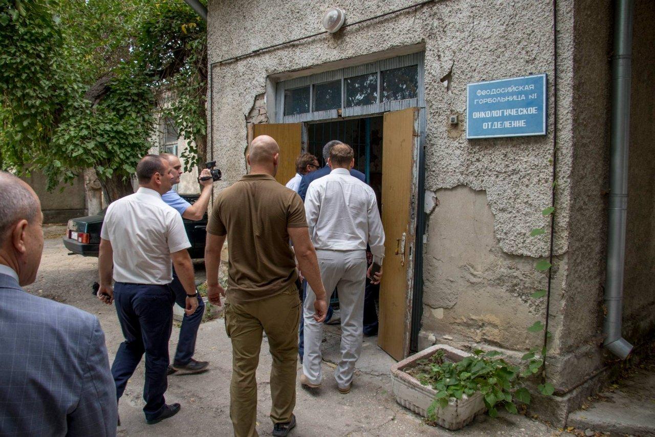 Фото визита Сергея Аксенова в Феодосию #4078