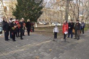 Фото митинга в честь Дня Героев Отечества в Феодосии #6234