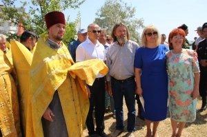 Фото освящения закладного камня по часовню в Феодосии #888