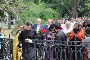 Фото визита Аксенова и потомков Айвазовского в Феодосию #956