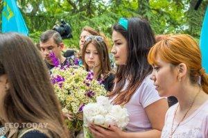 В Феодосии почтили память жертв депортации крымских татар #10879