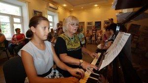 Фото открытия выставки МАЛЫШЕВА в музее ГРИНА #3410