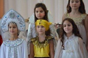 Фото новогоднего концерта в музыкальной школе №1 Феодосии #6370