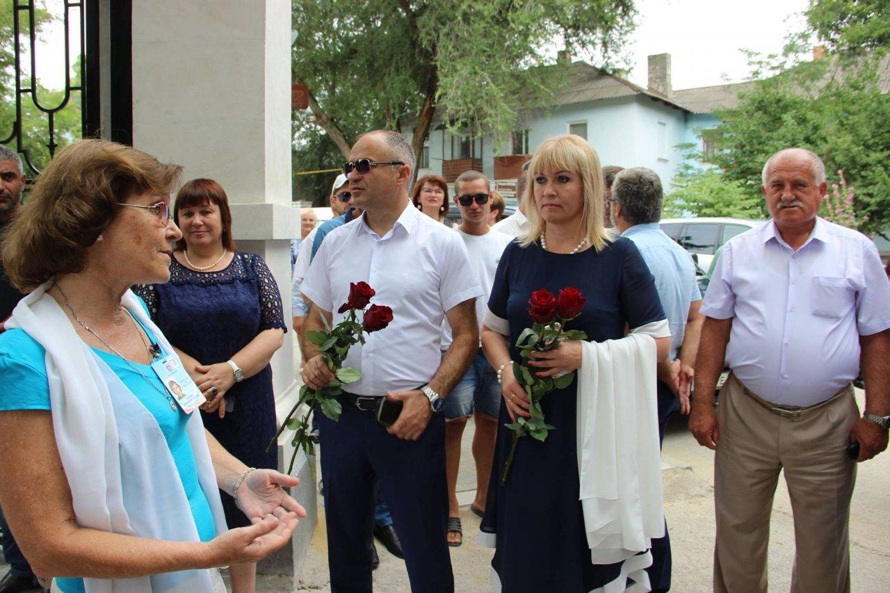 Фото почетных гостей на День города и юбилей Айвазовского в Феодосии #1099