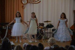 Фото новогоднего концерта в музыкальной школе №1 Феодосии #6374