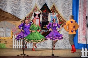 Фото отчетного концерта клуба СЯБРОВКИ в ДК БРИЗ #6327
