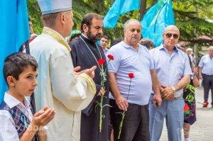 В Феодосии почтили память жертв депортации крымских татар #10875