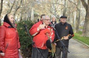 Фото митинга в честь Дня Героев Отечества в Феодосии #6226