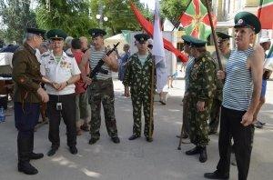 Фото праздника в честь зеленой фуражки в Феодосии #123