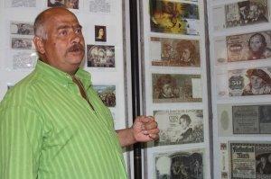 Фото выставки «Художники & банкноты» в Феодосии #744