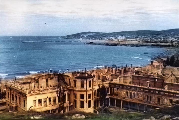 Вид на Феодосийский порт. Старая Феодосия #7014