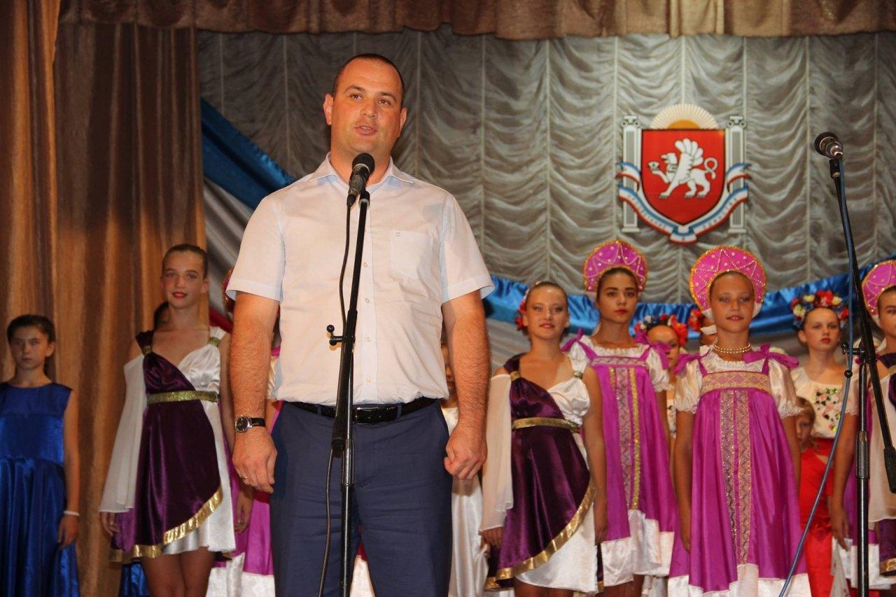 Фото торжественного мероприятия ко Дню герба и флага Республики Крым #4281