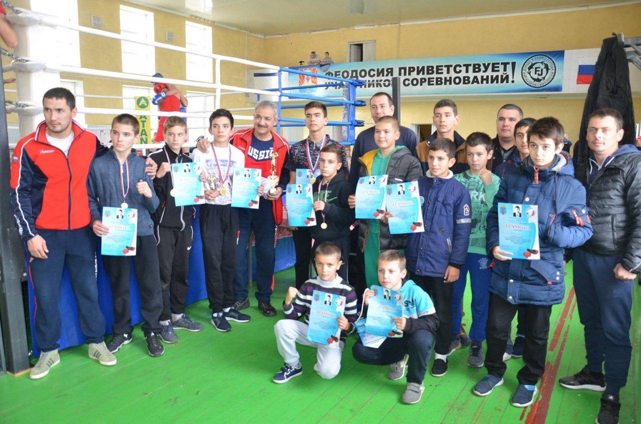 Фото XXI Республиканского турнира по боксу памяти Ефимова В.Ф в Феодосии #5706