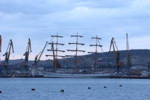 Фото парусного судна «Херсонес» в Феодосии #1189