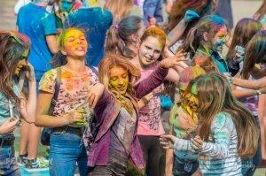 Фестиваль красок в Феодосии, май 2018 #11253