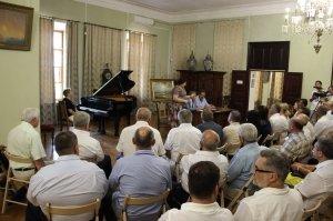 Фото презентации альбома о жизни Айвазовского #1089