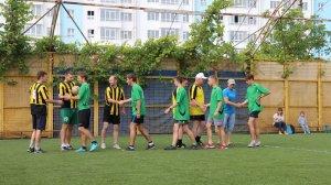 «Доверяй, играя»: товарищеский матч объединил власть и волонтеров #14948