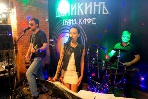Группа GREEN в гранд-кафе «Деникин» #13882