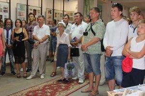 Фото выставки «Художники & банкноты» в Феодосии #732