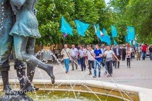 В Феодосии почтили память жертв депортации крымских татар #10885
