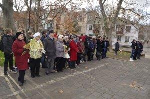 Фото митинга в честь Дня Героев Отечества в Феодосии #6233