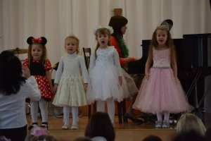 Фото новогоднего концерта в музыкальной школе №1 Феодосии #6369
