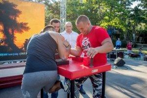 Фото турнира по армрестлингу в Феодосии #1293