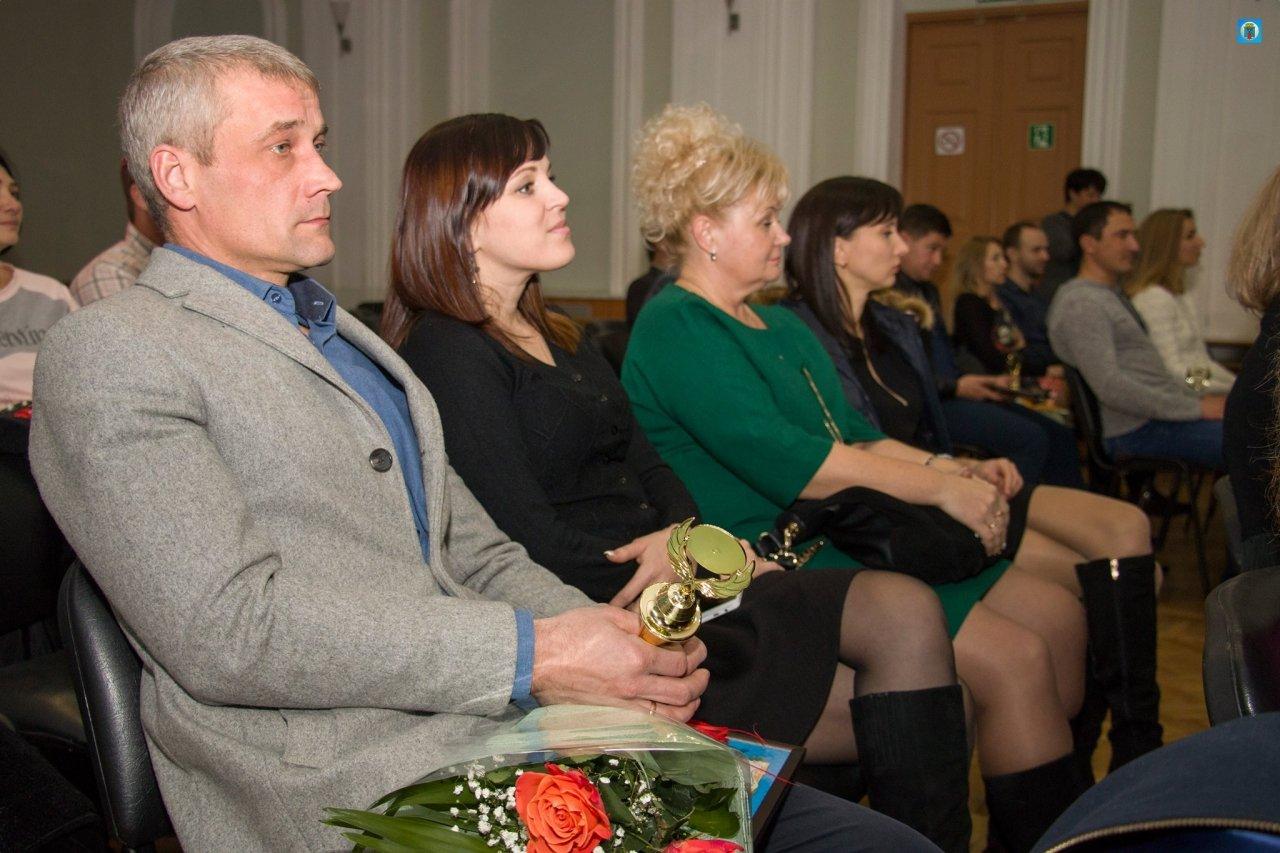 Фото награждения лучших предпринимателей Феодосии #5814