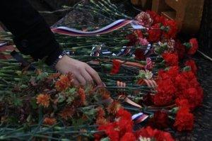 Фото митинга в память о Керченско-Феодосийском десанте #6488