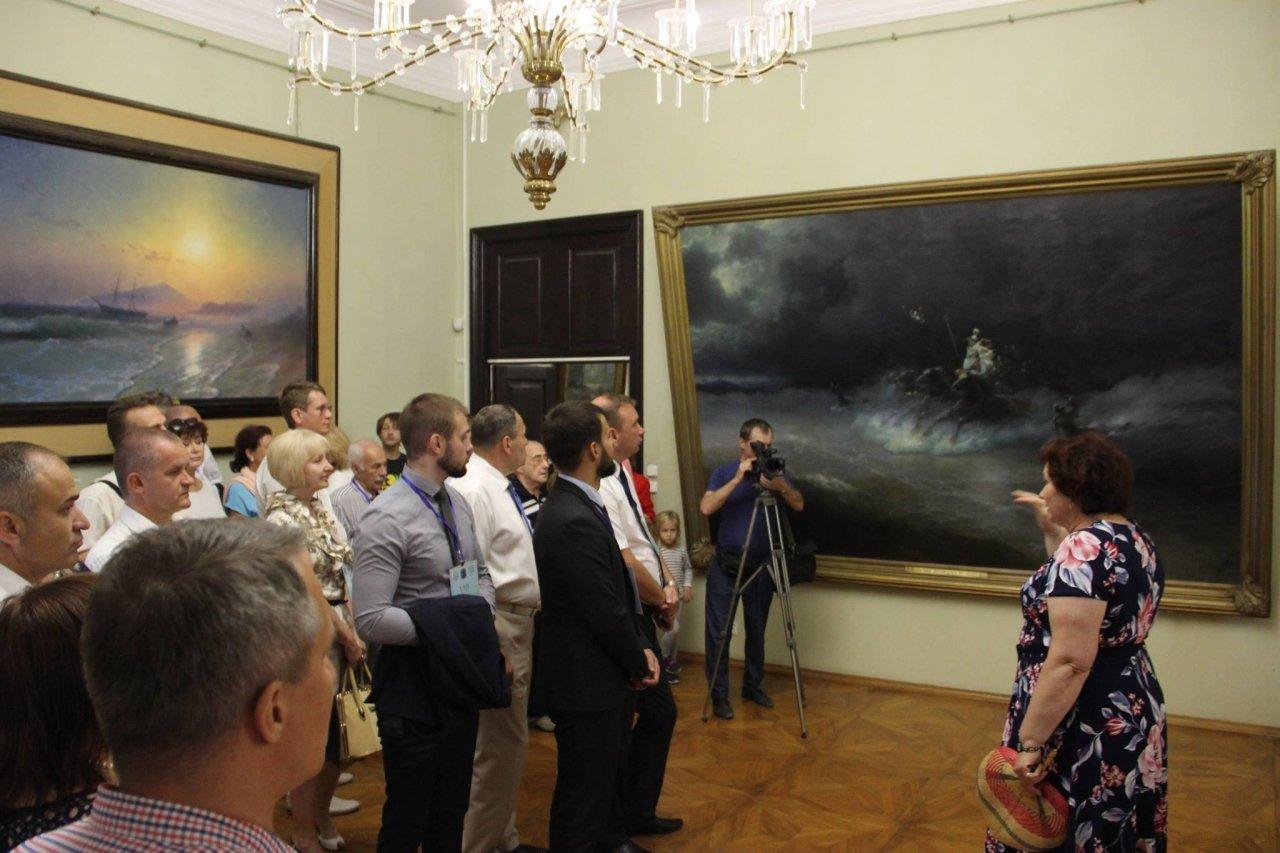 Фото почетных гостей на День города и юбилей Айвазовского в Феодосии #1124