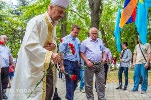 В Феодосии почтили память жертв депортации крымских татар #10878