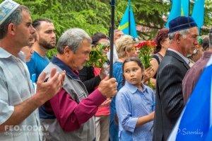 В Феодосии почтили память жертв депортации крымских татар #10872
