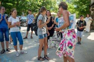 Фото автопробега и конкурс рисунков на авто в День города #1367
