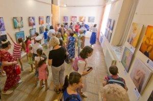 Фото выставки «Ангелы, к которым можно прикоснуться» в Феодосии #3860