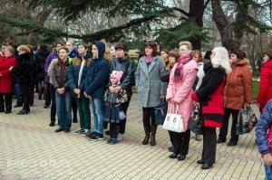 В Феодосии почтили память жертв трагедии в Кемерове #7630