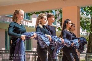Феодосийский политех поздравил ветеранов с Победой #9699
