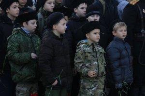 Фото митинга в память о Керченско-Феодосийском десанте #6477