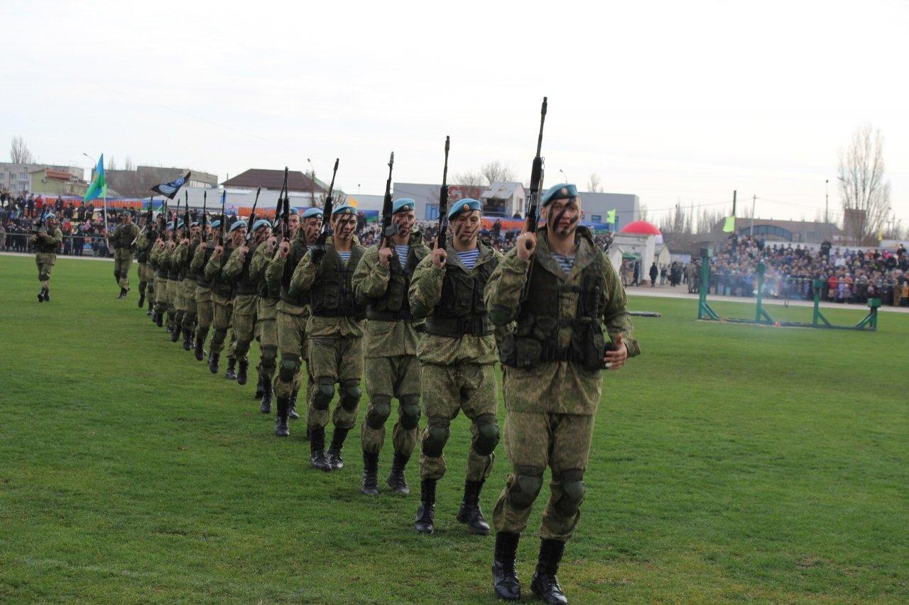 Фото торжественного открытия десантного батальона в Феодосии #5936