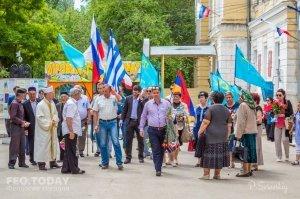В Феодосии почтили память жертв депортации крымских татар #10860