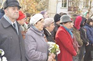 Фото митинга в честь Дня Героев Отечества в Феодосии #6229