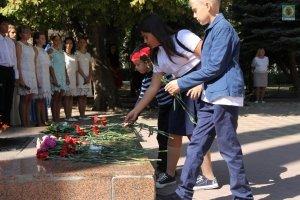 Фото митинга в Феодосии в память о жертвах терактов #3357