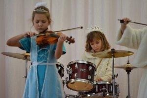 Фото новогоднего концерта в музыкальной школе №1 Феодосии #6368