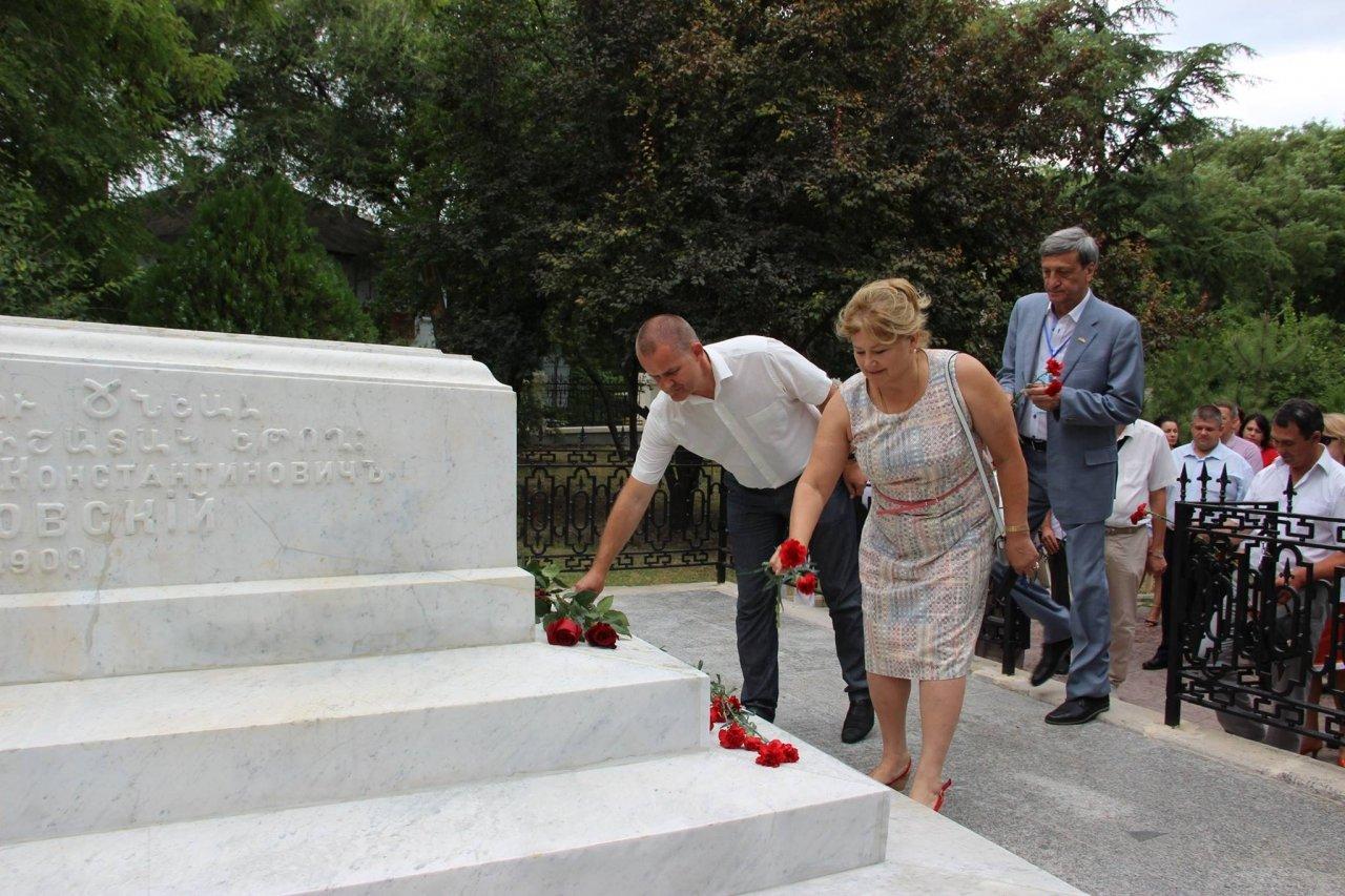 Фото почетных гостей на День города и юбилей Айвазовского в Феодосии #1114