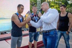 Фото турнира по армрестлингу в Феодосии #1294