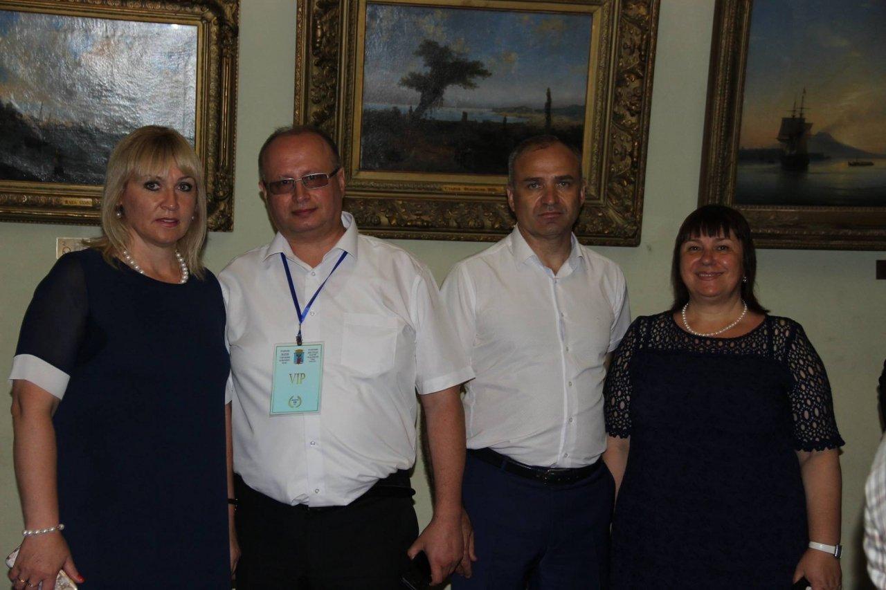 Фото почетных гостей на День города и юбилей Айвазовского в Феодосии #1130