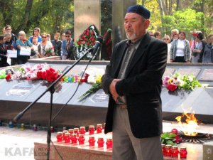 Феодосийцы почтили память жертв трагедии в керчи #14350
