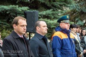 В Феодосии почтили память жертв трагедии в Кемерове #7638