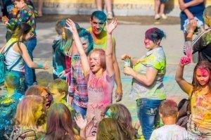 Фестиваль красок в Феодосии, май 2018 #11261
