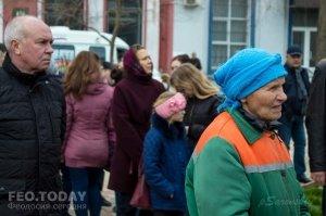 В Феодосии почтили память жертв трагедии в Кемерове #7642