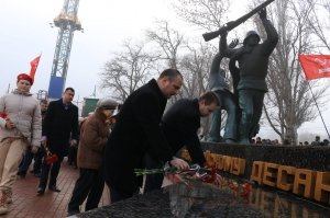 Фото митинга в честь Керченско-Феодосийского десанта в Феодосии #6452